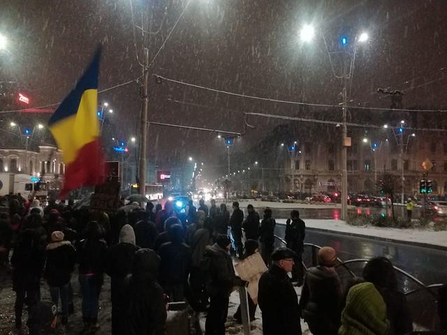 Proteste în ţară împotriva modificării legilor justiţiei şi împotriva PSD