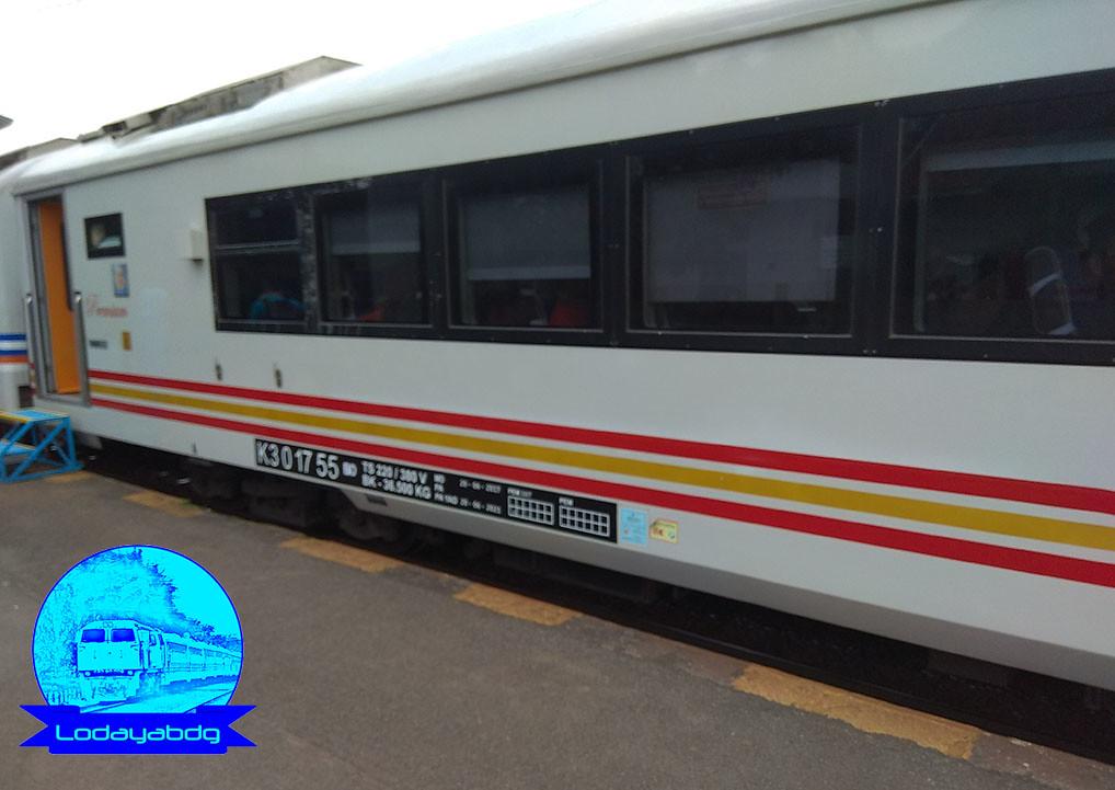 Kereta Api Argo Kok Ekonomi: Akhirnya Jadi Kenyataan (3/3)