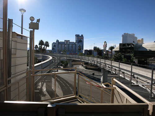 Las Vegas Monorail tracks at MGM Grand (4258)