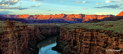 navajobridge glencanyon nationalrecreationarea bridge sunset river water mountains mountainrange leesferry arizona outdoor sky blue orange nature canon eos 7d slr clouds landscape flickr