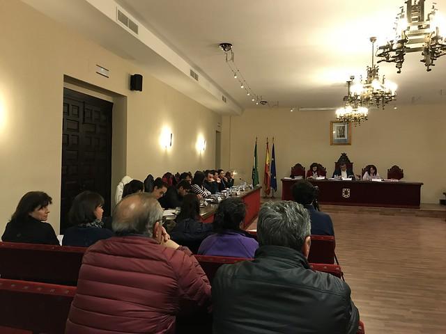 El Ayuntamiento de Coria aprueba una moción de urgencia para instar a Diputación Provincial a que invierta 960.000 euros en las entradas a Coria