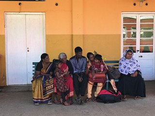 sri-lankan-family-train-station