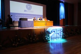 Acto Homenaje 25 Años de Servicio a PAS y PDI  (6)