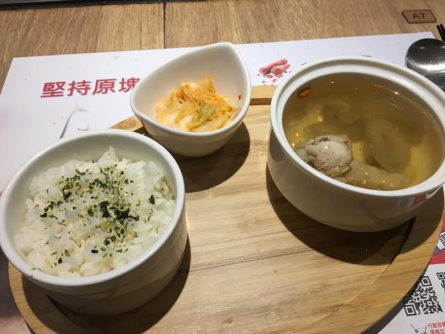 不吃魚的我終於有乾淨的白飯了Q_Q@桃園hot 7新鉄板料理