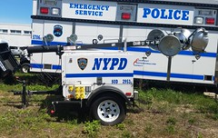 NYPD - 2013 light tower -Special Operations Division 2953 (1)