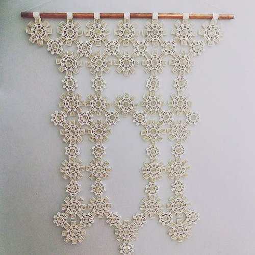 Quilled macrame wall hanging