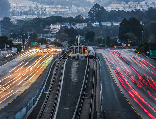 bayarea california nikon february 2018 color winter boury pbo31 city urban eastbay alamedacounty motion traffic lightstream roadway tracks 580 highway bart station over castrovalley view infinity metro transit d810