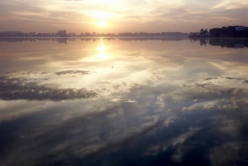 hussainsagarlake hyderabad india lake reflection sunrise tankbund