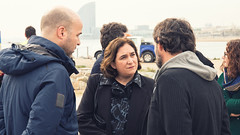Vie, 16/02/2018 - 11:02 - L'alcaldessa explica el suport de l'Ajuntament de Barcelona a les ONG que fan rescat de persones refugiades al Mediterrani