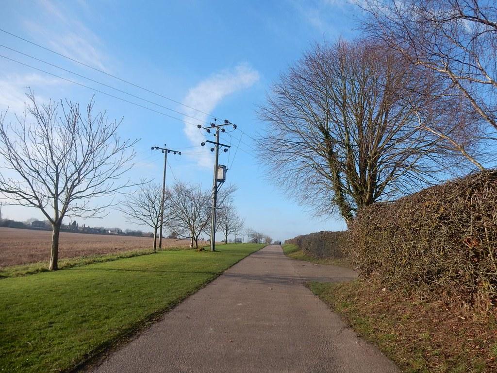 Along a driveway Chorleywood to Chesham