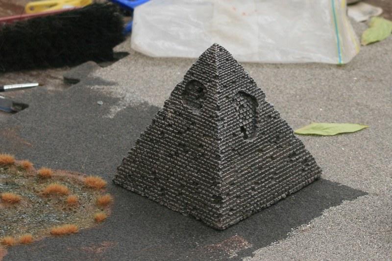 [Décors Aquarium] Une pyramide 38795857065_317f44ea49_c