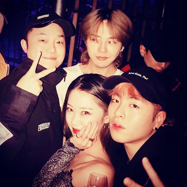 [Instagram] DJ SKY • 404NOTFOUND (deejaysky_official) With G-Dragon & Goo Jun-Hoe & MC Wooxi @xxxibgdrgn  @withikonic  @ ... 2018-01-12