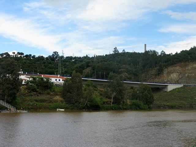 Ponte sobre o Chança