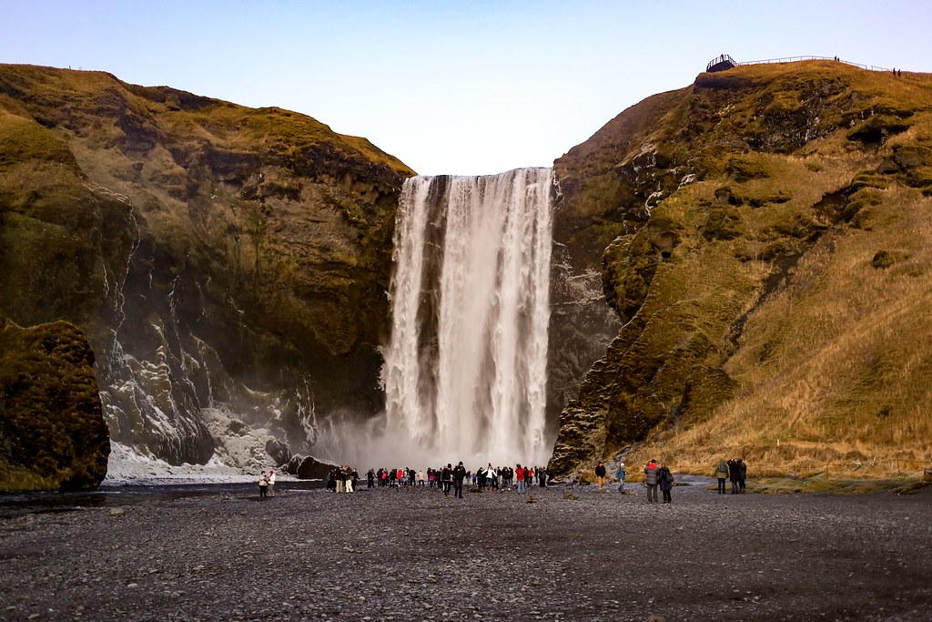 The Little Magpie Guide to Iceland and Hotel Ranga Review