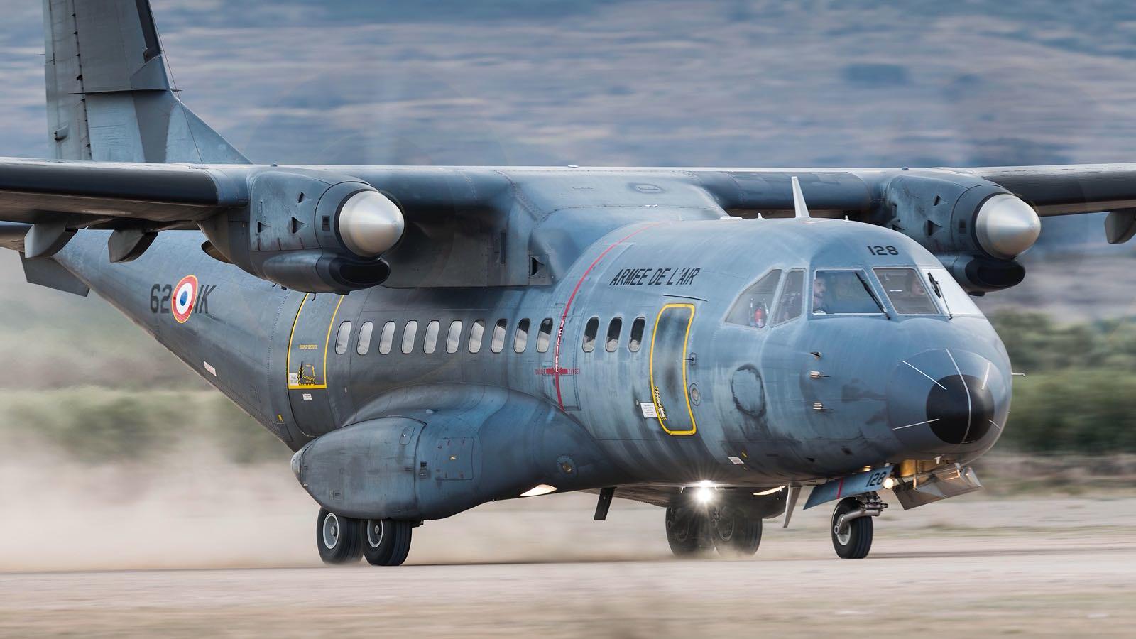 Comienza un nuevo curso de transporte aéreo europeo en Zaragoza