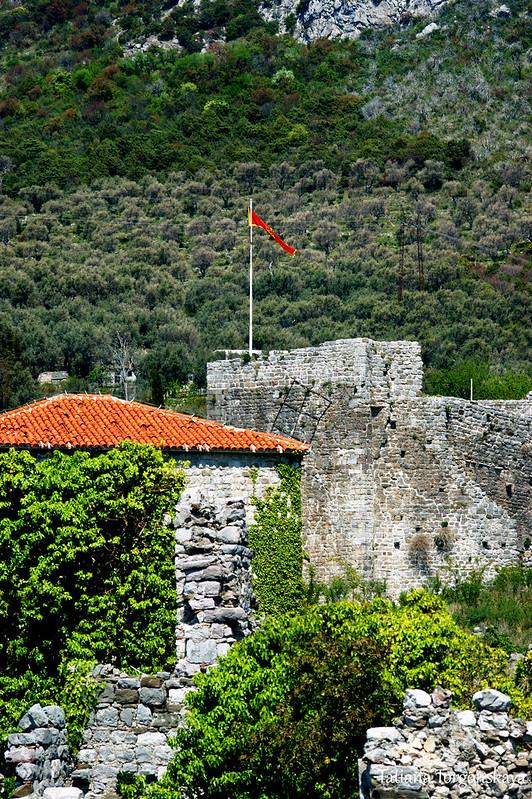 Цитадель и дворец в Старом Баре