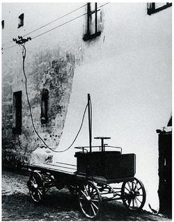 Первый отечественный троллейбус