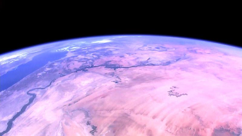 Observation de la Terre depuis l'espace - Page 10 26737924768_de6a818d4d_c