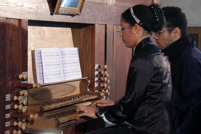 SARA JOHNSON HUIDOBRO, ÓRGANO - IGLESIA DE SANTA MARÍA DE LA BAÑEZA (LEÓN) - 1.1.18