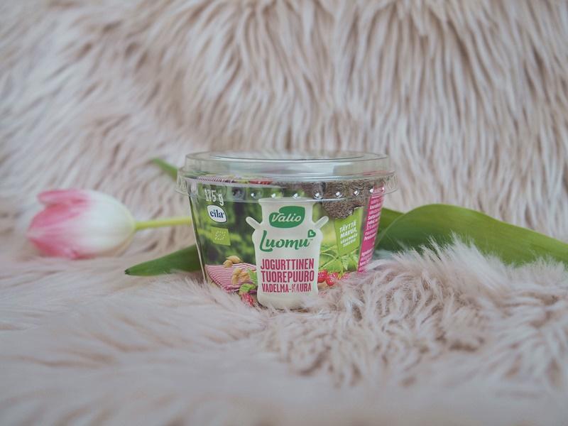 valio luomu jogurttinen tuorepuuro vadelma-kaura