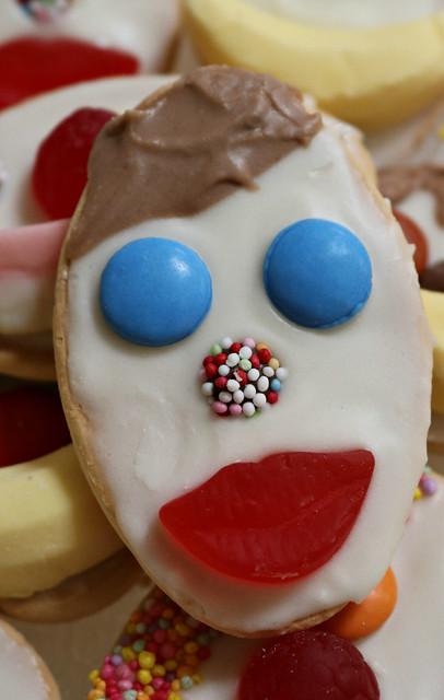 2018 Portrait: Funny Face Biscuit