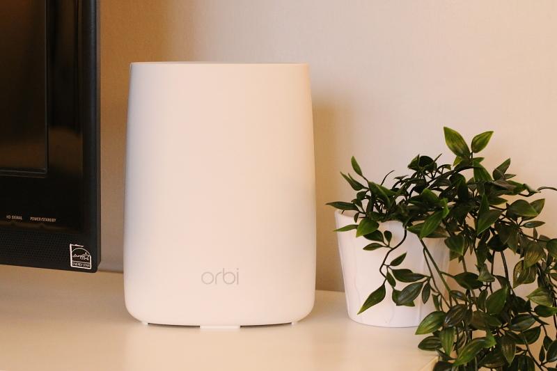 orbi-netgear-router-device-tech-9