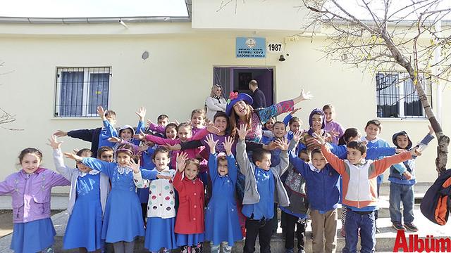 """Alanya Belediye Tiyatrosu Çocuk Birimi tarafından gerçekleştirilen """" Orada Bir Köy Var Uzakta"""" projesi 4. yılında-2"""
