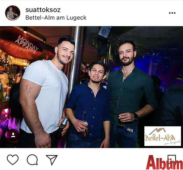 Suat Toksöz, yakın dostlarıyla birlikte oldukça renkli bir akşam geçirdi.