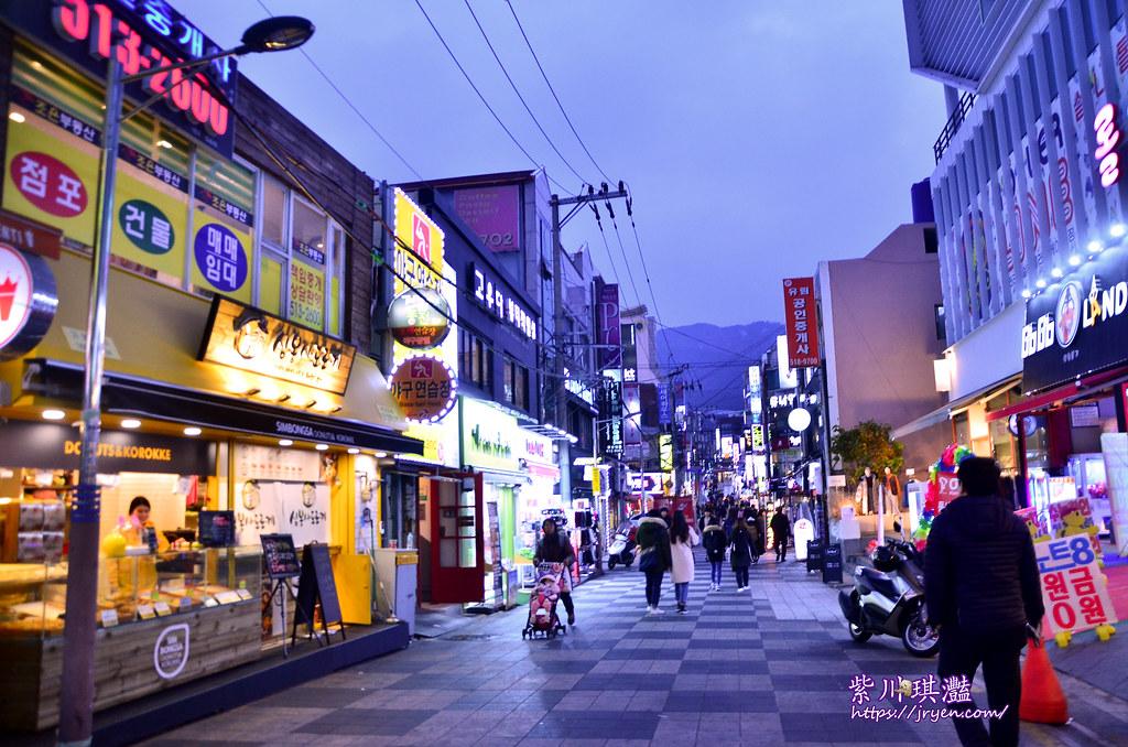 釜山必吃美食懶人包-釜山大學在地學生造訪店家美食,韓國SBS報導麵包店