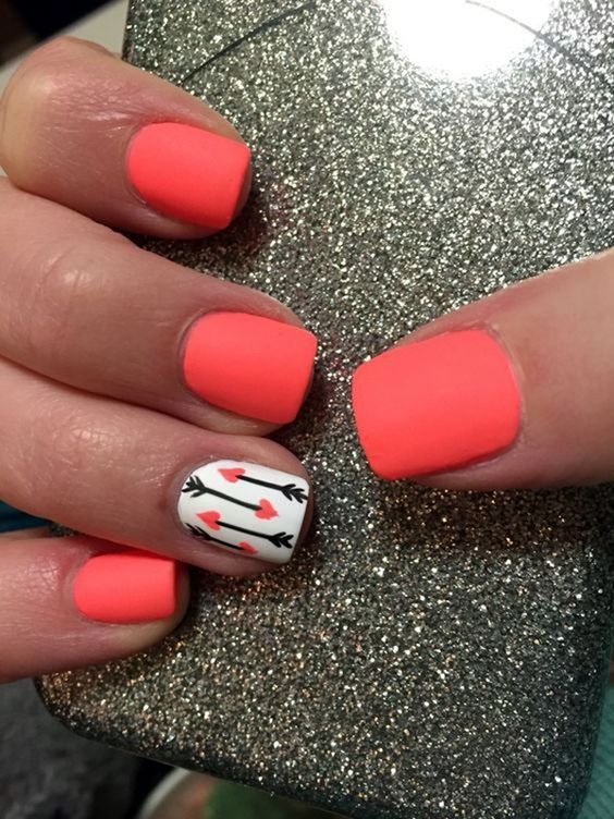 Hottest Nail Polish Color For Summer To Bend Light