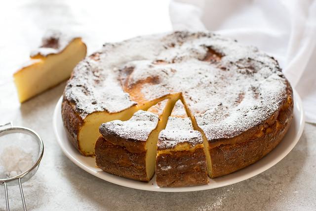 Migliaccio, torta al semolino