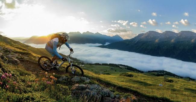 Švýcarské hory nejen v zimě aneb na kole v Graubündenu