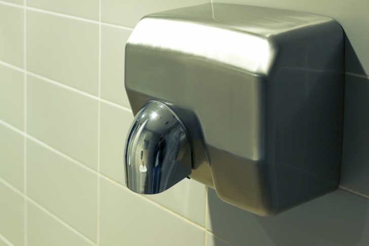 Facebook: ¿volverías a usar secadores de manos tras ver esta imagen?