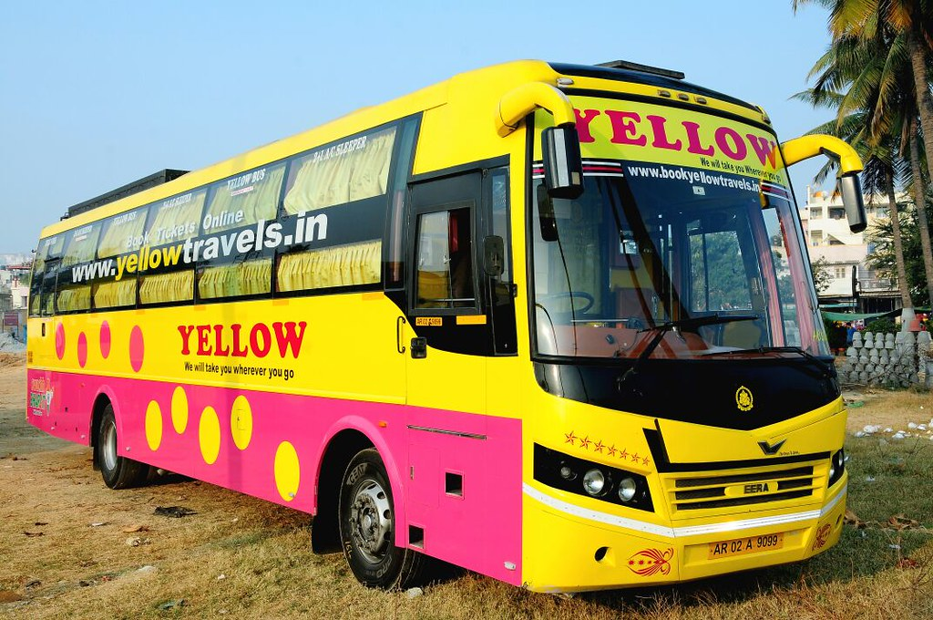 Yellow Bus Services-Responsive PopUp  Banner