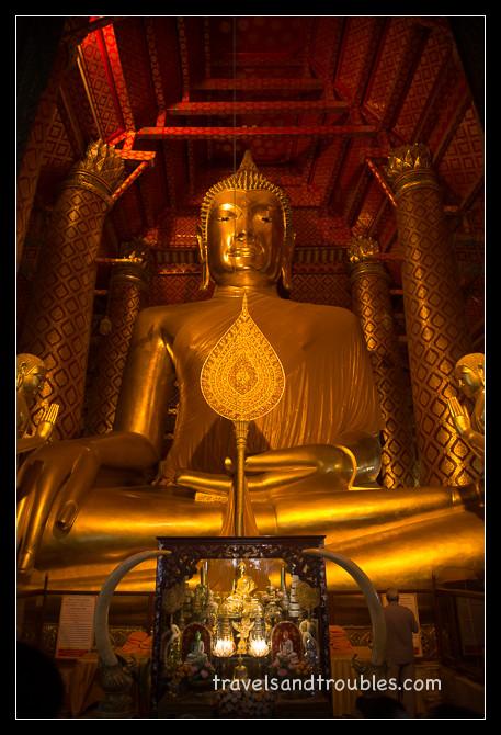 Wat Phanan Choeng