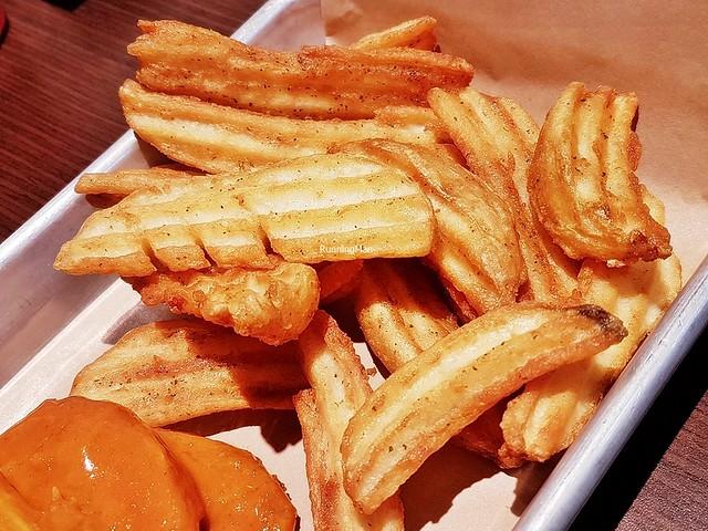 Crinkle Cut Wedge Fries