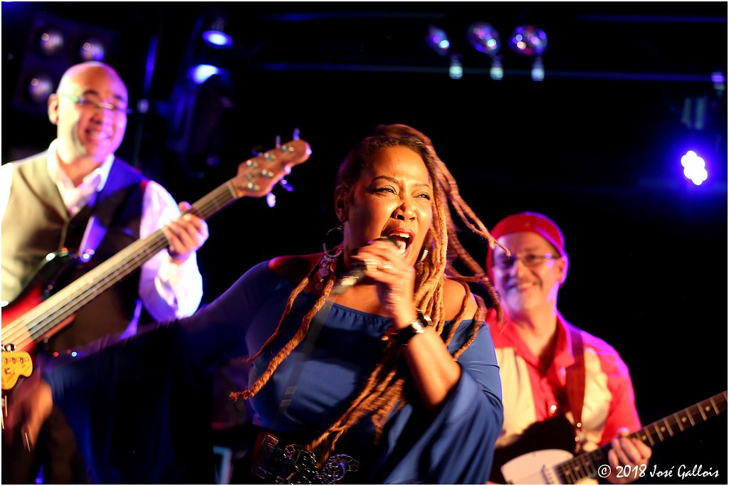 Sugar Queen & the Straight Blues Band