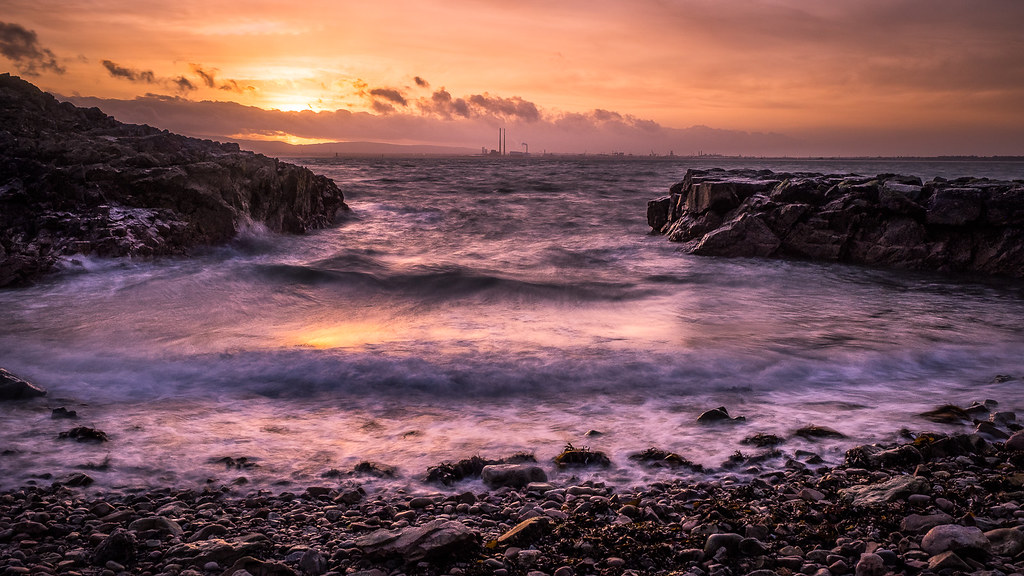 Sunset over the city - Dublin, Ireland - Seascape photography
