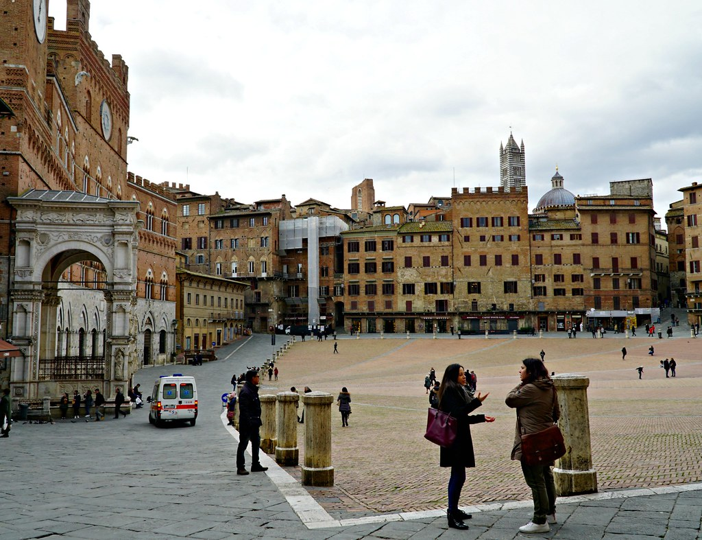 Piazza del Campo Sienassa