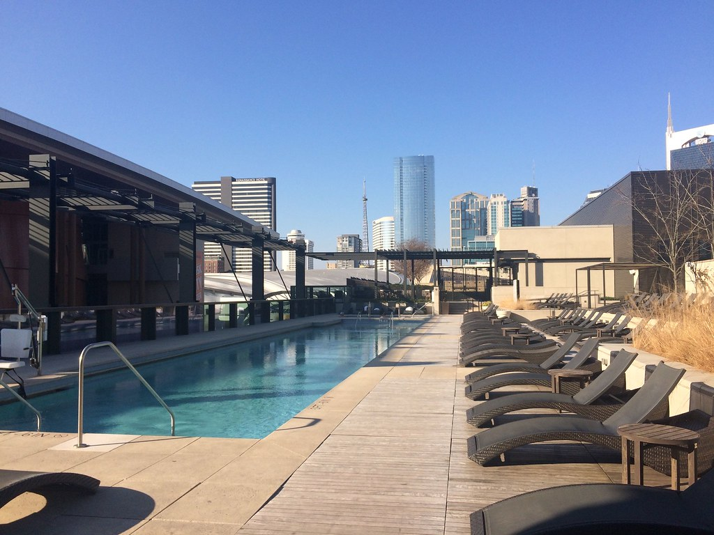 Omni Nashville Pool