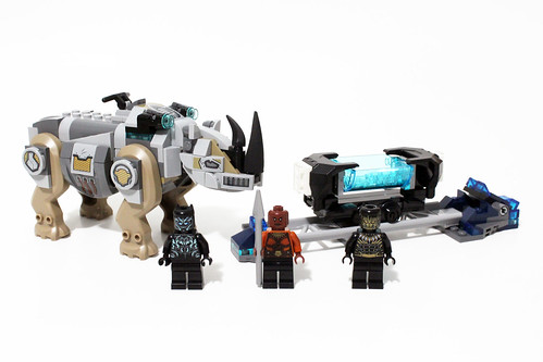 LEGO Marvel Super Heroes Rhino Face-Off by the Mine (76099)