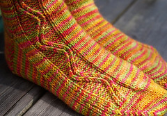 JennyF's Zigzagular Socks - pattern by Susie White