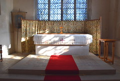 altar and sarum screen