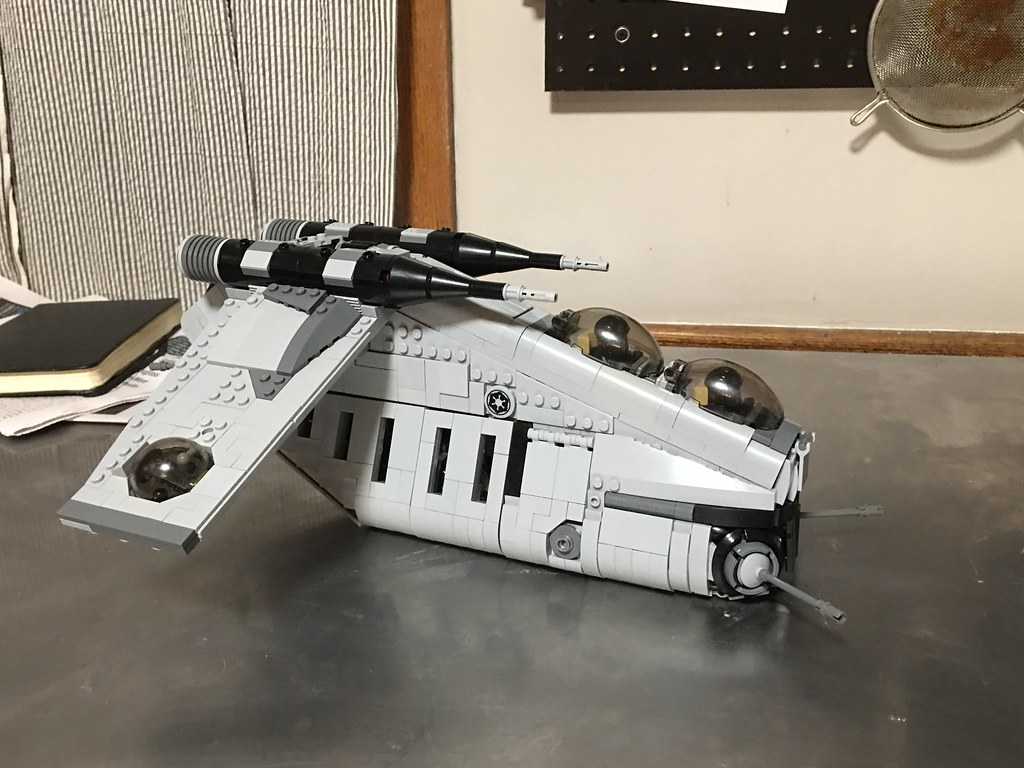 Imperial LAAT/I (gunship) first pictures.