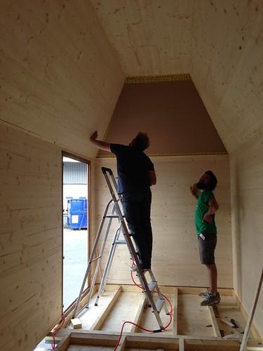 Tiny House IMBY_construcción del 1er prototipo, Fablab Techshop,Paris, Francia @Ricardo Mayor