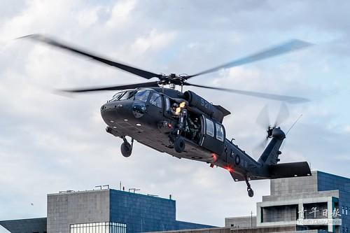 國防部博愛營區「直升機落地訓練」