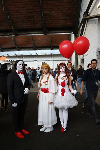 horror cosplayers