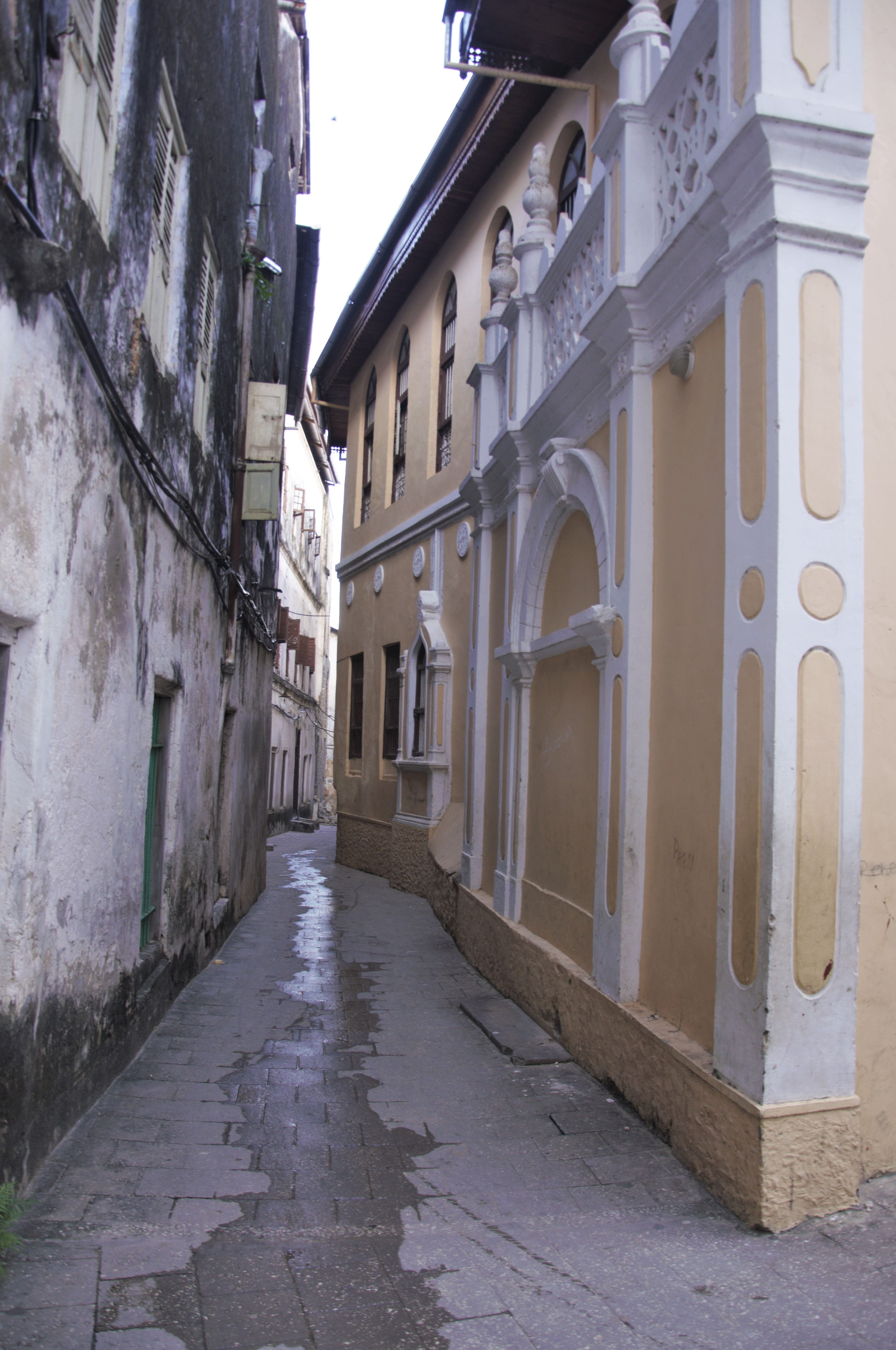 Narrow alley in Stone Town, Zanzibar. Photo taken on May 23, 2015.