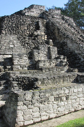 Chacchoben - Las Vasijas Excavation