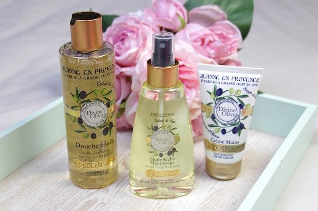 Les soins cosmétiques Divine Olive de Jeanne en Provence